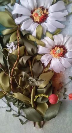 Вышивка лентами Ромашки и васильки ручной работы на заказ
