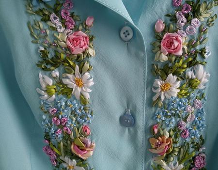 Платье, вышитое лентами  на заказ ручной работы на заказ