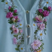 Вышивка лентами на блузке на заказ