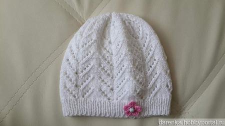 Весенняя шапочка для девочки ручной работы на заказ