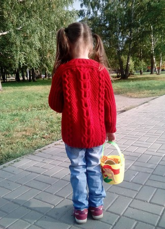 """Кардиган для юной модницы """"Яркая осень"""" ручной работы на заказ"""