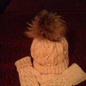 Комплект зимний: шапка и варежки
