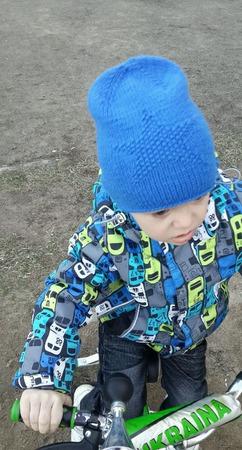 """Шапка на весну вязаная """"Звезда"""" ручной работы на заказ"""