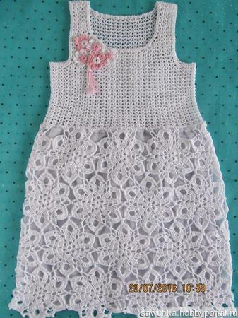 Летнее платье с юбочкой из мотивов ручной работы на заказ