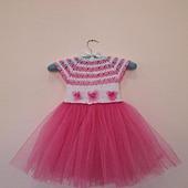 Платьице с розовой юбочкой