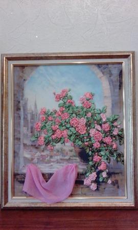 Розы на окне ручной работы на заказ