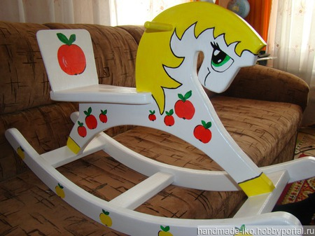Лошадка-качалка ручной работы на заказ