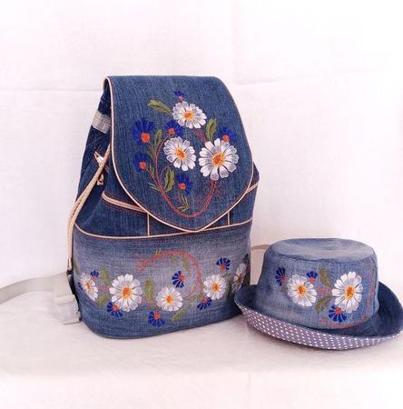 Рюкзак джинсовый женский Летний луг со шляпкой ручной работы на заказ
