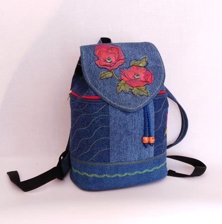 Рюкзак джинсовый женский Маки ручной работы на заказ