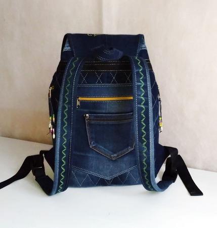 Рюкзак джинсовый женский Лилии ручной работы на заказ