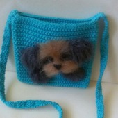 Вязаная сумочка для девочки с собачкой