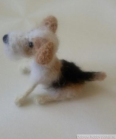 Маленькая вязаная собачка(символ 2018 года) ручной работы на заказ