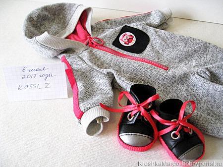Комбинезон для куклы Бэби Борн ручной работы на заказ