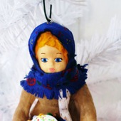 Ватная елочная игрушка - девушка с пасочкой
