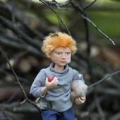 """Каркасная кукла  """"Рыжий мальчишка с яблоками"""""""