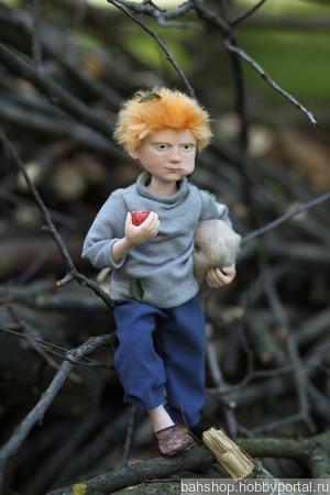 """Каркасная кукла  """"Рыжий мальчишка с яблоками"""" ручной работы на заказ"""