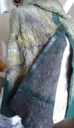 """Кейп """"Таежная сказка"""" из шерсти на шелке с шелковой подкладкой ручной работы на заказ"""