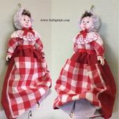 Кукла -салфетница