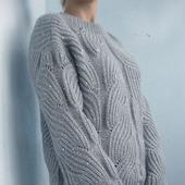 Пуловер оверсайз ручной работы