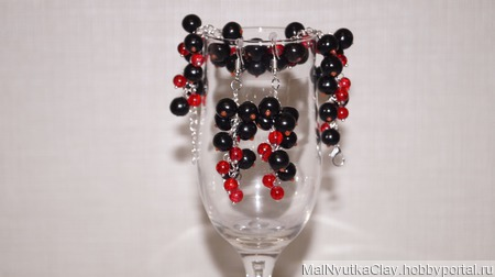 Комплект браслет и серьги сочная черная смородина ручной работы на заказ