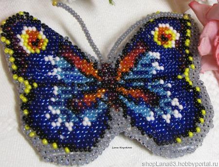 Брошь- Бабочка вышитая бисером ручной работы на заказ