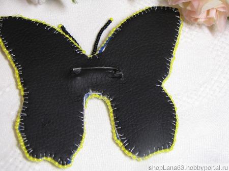 Брошь бабочка вышитая бисером ручной работы на заказ