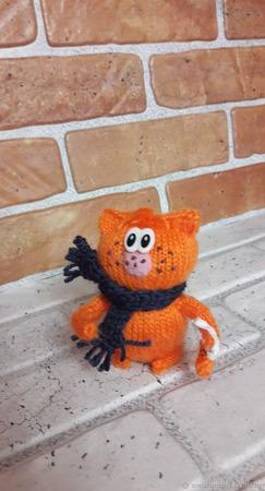 Кот вязаный Озорник ручной работы на заказ