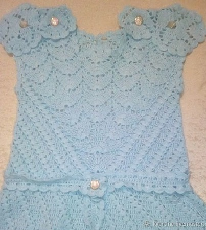 Вязанное крючком платье для девочки ручной работы на заказ