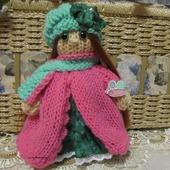 Вязаная игрушка кукла Розочка