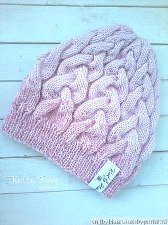 Вязаная шапка ROSE от Knit by Heart в Москве ручной работы на заказ