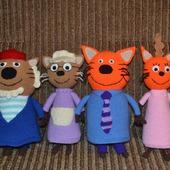 Семья героев мультика Три кота!