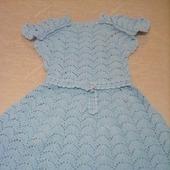 Вязанное крючком детское платье