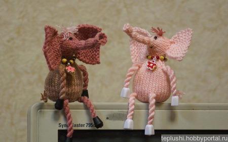 Розовый слон ручной работы на заказ
