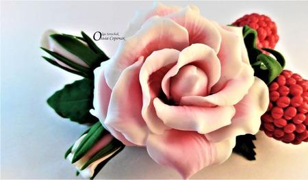 Заколка Роза в малине. ручной работы на заказ