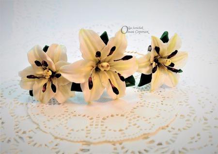 Шпильки из полимерной глины с Лилиями. ручной работы на заказ