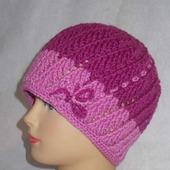 Весенняя шапочка для женщин и девушек