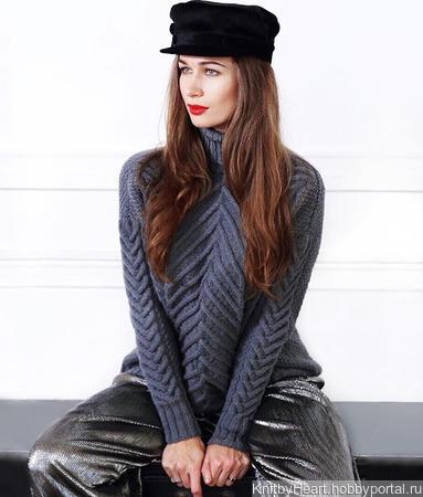 Вязаный свитер оверсайз в Москве ручной работы на заказ