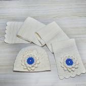 Комплект шапка и шарф Белоснежка