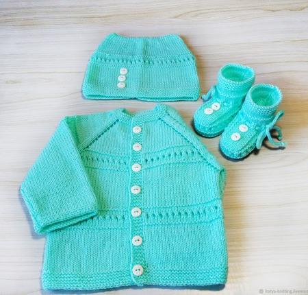 Комплект одежды, кофточка, шапочка и пинетки. ручной работы на заказ