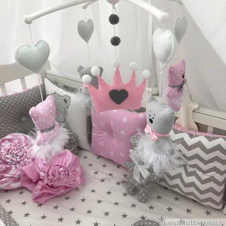 Постельное белье в кроватку ручной работы на заказ