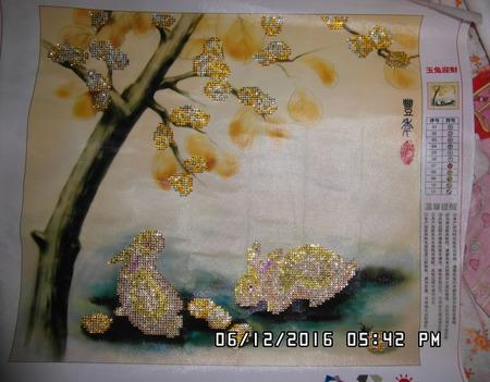Кролики и золотое дерево ручной работы на заказ