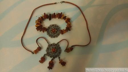 Колье и браслет с янтарем ручной работы на заказ