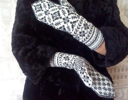 Варежки вязаные жаккардовые с норвежским узором ручной работы на заказ