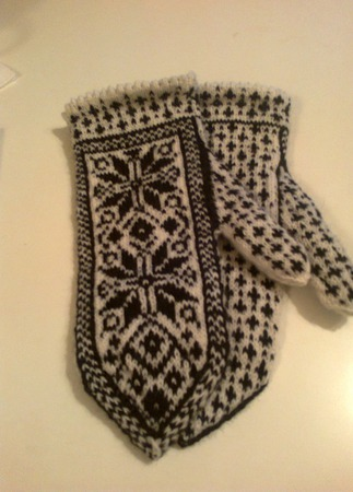 """Варежки """"Снежинка-4"""" с норвежским узором шерстяные ручной работы на заказ"""