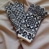 """Перчатки вязаные спицами """"Снежинка-3"""""""
