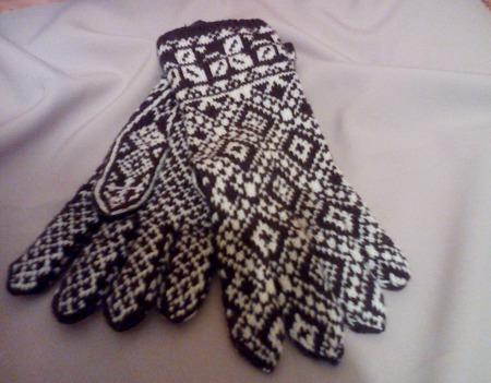 Перчатки мужские вязаные жаккардовые ручной работы на заказ