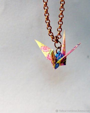 Кулон с журавликом-оригами (маленький) ручной работы на заказ