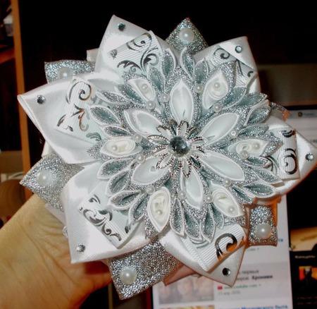 Новогодние резиночки - снежинки ручной работы на заказ
