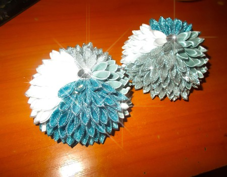 Новогодние резиночки-шарики ручной работы на заказ