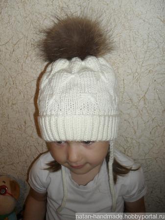 Детская шапка с помпоном ручной работы на заказ